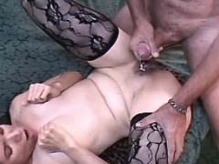 Cute milf fucks in diff poses and gets creampie