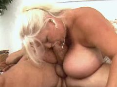 Old chubby lady troats fresh cock