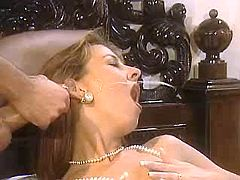Lady got powerful facial after orgy