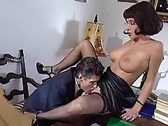 Boss licks pussy of young secretary